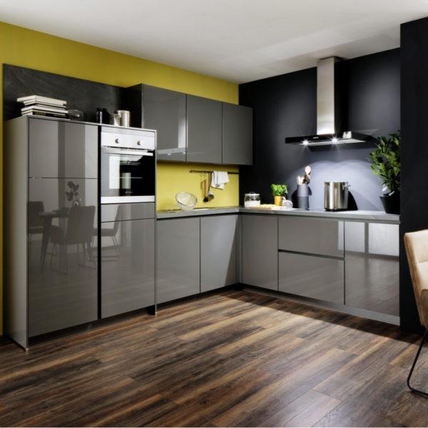 nobilia® Moderne Hochglanzküche