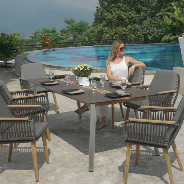Zebra Tisch Linax – sofort verfügbar!