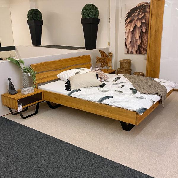 Bett und Nachtkonsole LN 1204 – sofort verfügbar!